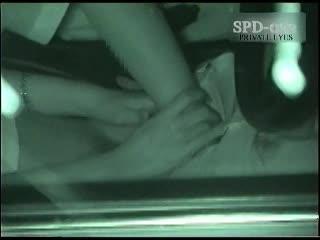 深夜の真っ暗な車内を狙いカーSEXカップルを赤外線秘密撮影☆くんにやフェラチオで愛撫し合い、ボッキちんこを生入れ☆